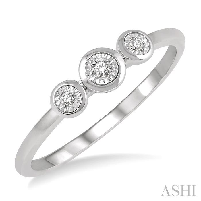 THREE STONE DIAMOND PROMISE RING