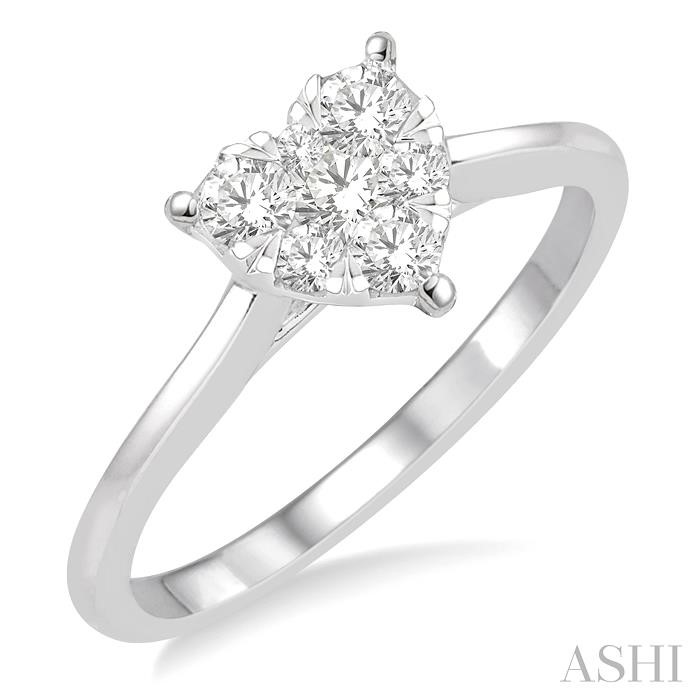 LOVEBRIGHT ESSENTIAL DIAMOND HEART RING