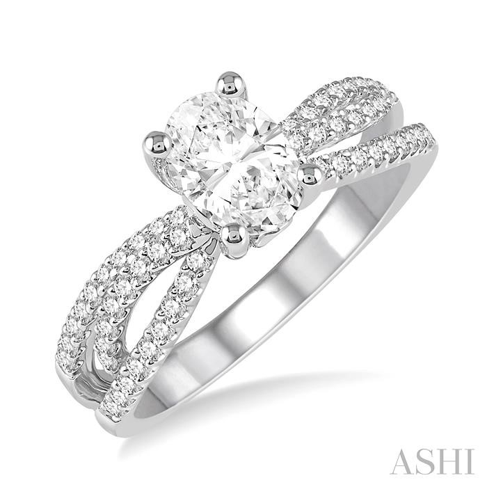 OVAL SEMI-MOUNT DIAMOND ENGAGEMENT RING
