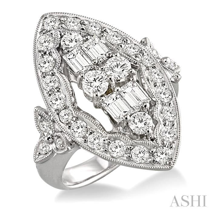 MARQUISE SHAPE DIAMOND RING