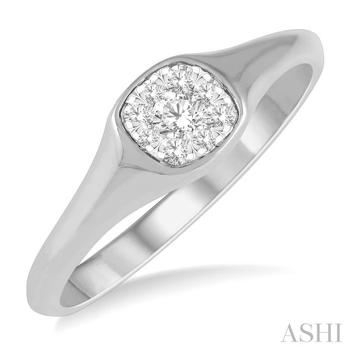 CUSHION SHAPE LOVEBRIGHT ESSENTIAL DIAMOND PROMISE RING